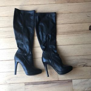 Nine West knee high boots size 5